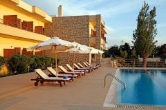 1_Hotel-Niki-Beach-1
