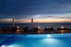 Hotel-Niki-Beach-night-2