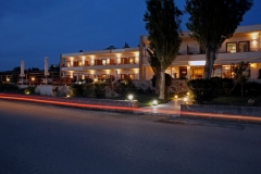 Hotel-Niki-Beach-night